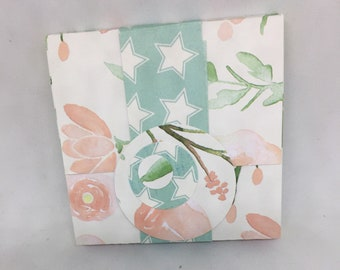Sticky Note Pad with Cover, Band Closure - Post-it Notes - Floral Pattern - Pastel/Yellow Notepad
