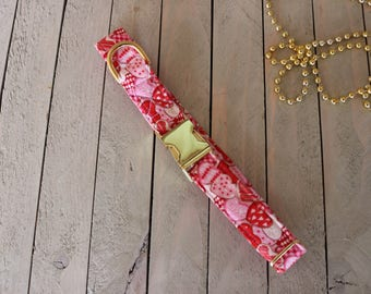 Valenties Day Dog Collar/ Pet collar/Valentines/ Red and Pink/ flower/