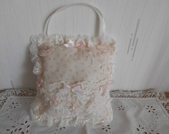 Small cushion shabby with pouch