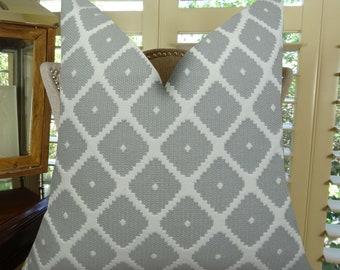 Grey White Geometric Pillow Cover - Gray Modern Geometric Pillow - Gray Accent Pillow - Gray Throw Pillow - 11196
