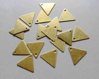 200pcs Raw Brass Triangle Charms ,Findings 13mm x 11.5mm- F199