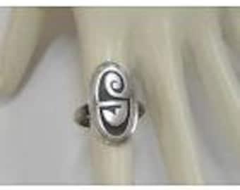 Vintage Native American Symbol Sterling Silver Ring size 6 1/4