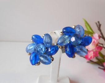 Blue Earrings, Vintage Earrings, 1950's Jewelry, Made Hong Kong, Cluster Earrings, Clip Earrings