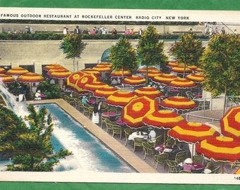 Vintage Linen Postcard - Diners at the Famous Outdoor Restaurant at Rockefeller Center Radio City, New York  (2870)