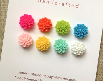 small SUPER STRONG MAGNETS  set of 8 multi-colored flower magnets, vintage inspired, dorm rm, hostess gift, bulletin board, spring colors
