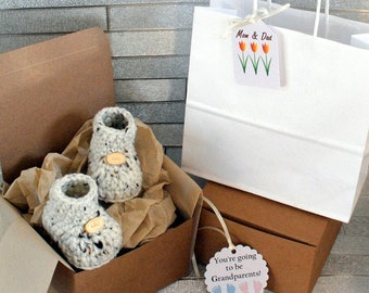 Pregnancy Reveal Box, Grandparents, Knitted Booties Miniature, Wooden Tags, Personalised Card, Craft Box, Daddy Surprise, Husband Gift Box