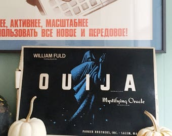 1960's William Fuld Parker Brothers Mystifying Oracle Ouija Board