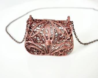 Vintage Filigree Purse Locket, French Copper Filigree Keepsake, French Locket Purse, French Art Deco Purse Necklace, Art Deco Locket