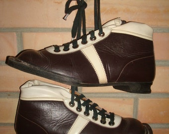 Soviet Vintage  Ski Boots; Vintage Ski Shoes; Winter Sport Shoes; Dark Brown Leather Ski Boots Made in USSR; Brown and White Ski Boots Vtg