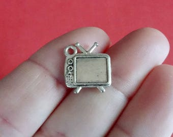 50, BULK Television Charms (double sided) 15x13mm ITEM:Y8