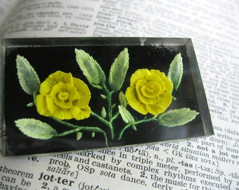 1960s Resin Bouquet Vintage Pin / Yellow Rose