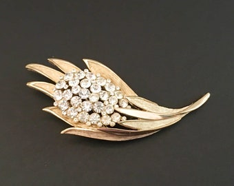 Crown Trifari Rhinestone Brooch, Vintage Jewelry, Trifari Jewelry, Rhinestone Jewelry, Floral Brooch, Vintage Brooch, Mid Century Designer