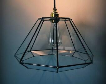 Luminaire suspension géométrique d'ambiance en verre. Abat jour. Ampoule Edison. Patine. Industriel. Fait main. Cuivre. Personnalisé.