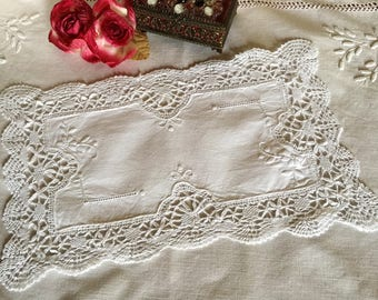 White vintage doily with flower embroidery, days and crochet lace / old