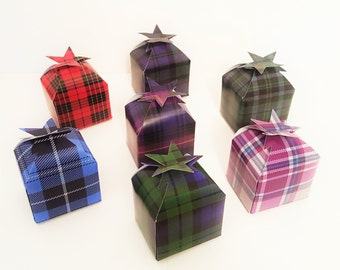 Tartan Star Favour Boxes