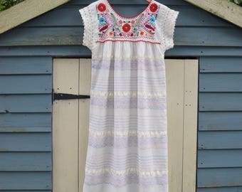 Vintage 70s cotton mexican Dress Gypsy Festival dress embroidered Folk boho hippy Midi Dress s Uk 10 8 US   6 4  cotton midi dress