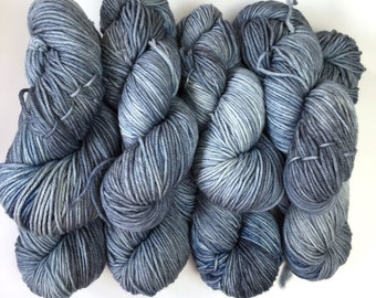 Puffed Sleeves. 100g. 180 meters (approx). 8ply/DK (double knit) weight yarn.  Kettle Dyed. Machine Washable. 100% Australian Wool.