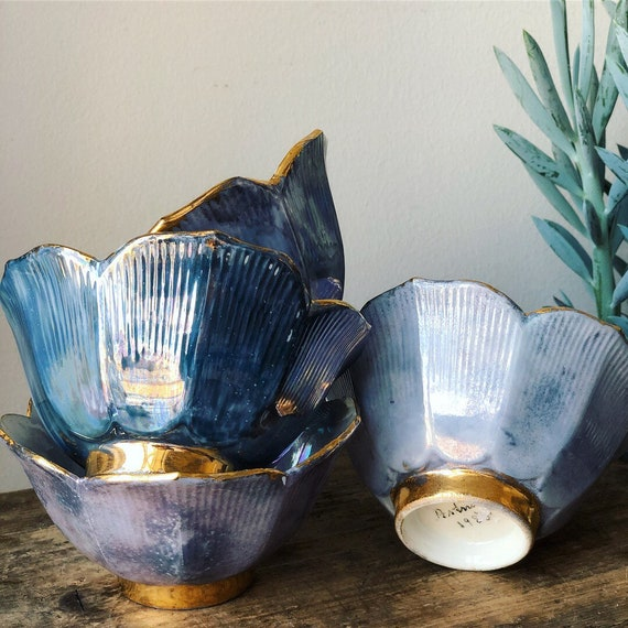 1980s glam stackable snack bowls peanut bowls/ chinoiserie / hand painted gold plated trim / snack bowls / hollywood regency