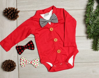 Christmas Cardigan for Baby Boy. Bowtie cardigan for Newborn Boys. Infant Boy Christmas Outfit. Red sweater.