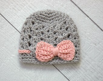 Baby girl hat, newborn girl hat, bow hat, baby girl bow beanie, grey, pink, newborn girl photo prop, baby girl coming home outfit