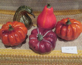 Artificial pumpkins & squash,set of 5,ass't colors and sizes,garden and fall crafts,Thanksgiving,centerpieces