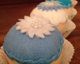 Felt play food- felt cupcakes- felt cake- frozen cupcakes - handmade Christmas gift - children's Christmas gift - kids Christmas gift