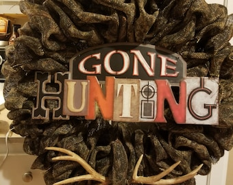 Hunting wreath* camo* lodge* cabin* antler