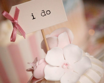 i do Wedding Cupcake Toppers - ivory with dusky pink bows - set of 10