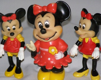 Minnie Mouse Vintage 3pc Walt Disney Lot, Bank, Toy Figures all figure have Moving Parts