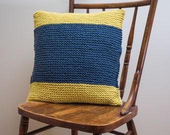 """Nautical Signal Flag """"D"""" Pillow Cover - knit in wool"""