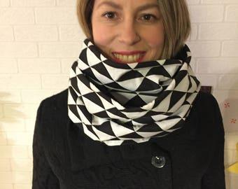 Snood double cotton/fleece pattern black and white geometric (triangle) - neck...