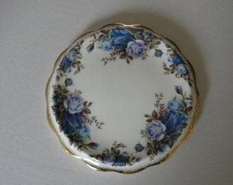 Royal Albert Moonlight Rose thick teapotstand Bone China England