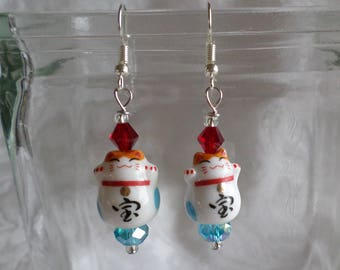 Maneki Neko Lucky Cats Both Paws Raised Symbolic for Treasure Earrings