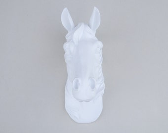 White Faux Horse Head Mount - Large Horse Head Fake Taxidermy Wall Mount H01