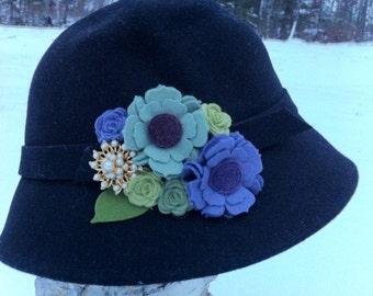 Vintage de cloche Hat - Upcycled personnalisé conçu