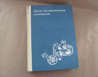 Vintage Cookbook, 1960's Good Housekeeping Cookbook, Vintage Recipes, Mid Century