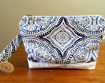 Makeup bag, Makeup pouch, Zipper bag, Soft makeup bag, Cosmetic bag