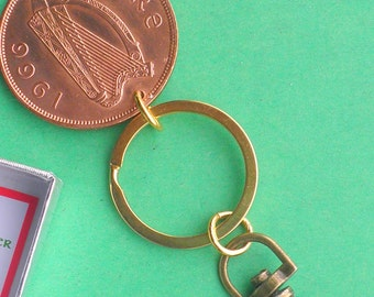 Gift under 10, Irish Penny 1966 Birthday or Anniversary Keychain, Keyring, Ireland Penny Coin Keyfob, circulated coins direct from Ireland