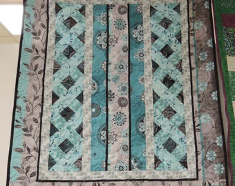 Isabella Quilt. throw or lap size blanket. flowers modern gray turquoise teal blue 4759