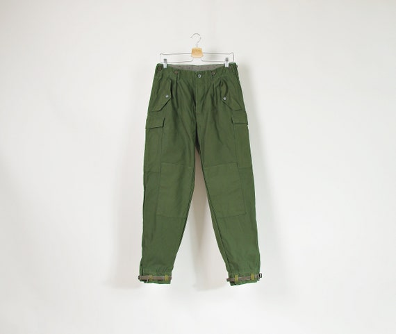 80s Military fatigues mens field pants with tapered legs & bottom leather straps c48