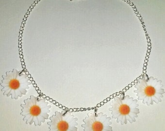 White Flower Daisy Chain Summer Festival Hippie Necklace