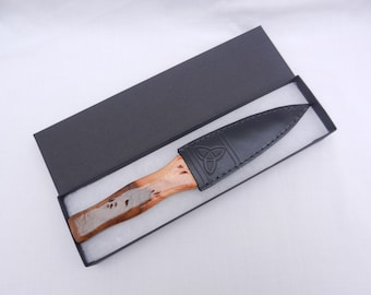 Sgian Dubh in Burr Wych Elm and Yew, Scottish knife, skene duh, Scottish gift, Wedding gift, Groom gift, Best Man gift, mens gift
