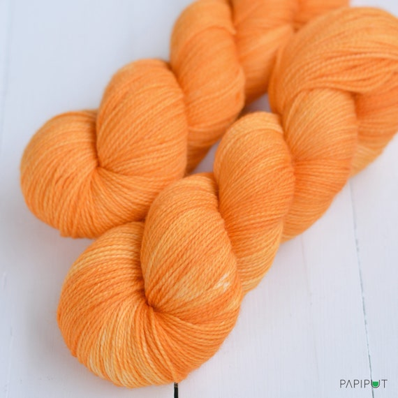 Recommended dyers - Papiput Yarn's Hand Dyed Sock Yarn, colorway