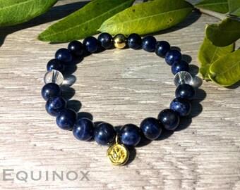Sodalite Gold Vermeil Bracelet / Sodalite / Quartz / 18k Gold Vermeil  / 8mm Natural Gemstone Bracelet