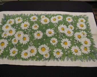 Decorative Linen Green with White and Yellow Daisies