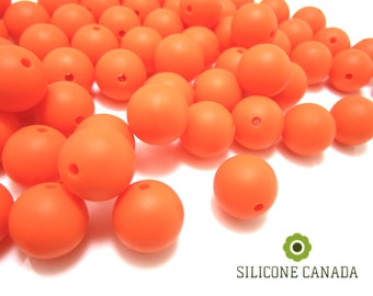 15mm - Lot of 10 Orange Silicone Beads