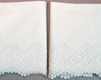 Vintage Pillowcases With Deep Hand Made Crochet Trim Edge 1930's Unused Clean