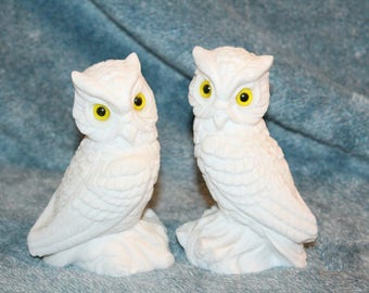 Vintage White Alabaster Owls Figurines from Italy