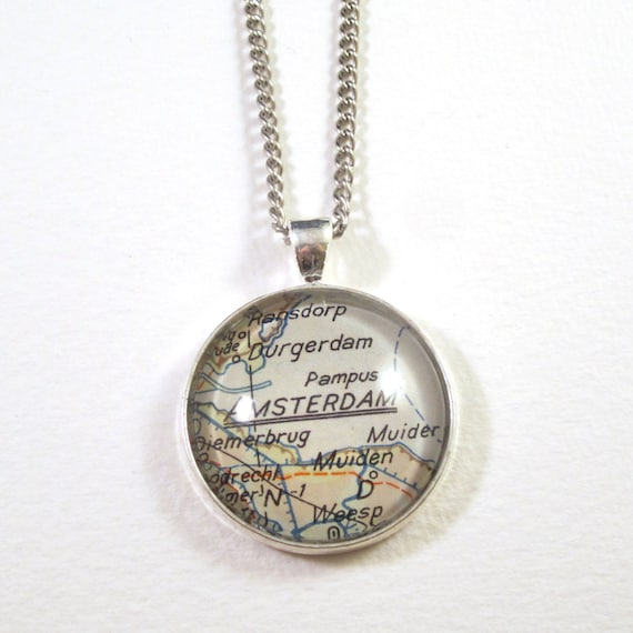 Map necklaces - The Netherlands 30 mm