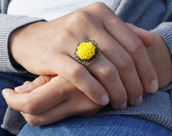 Flower boho ring Flower Ring Nature Ring Statement yellow ring Nature jewelry Unique ring Adjustable ring gift for her Dahlia ring Teen ring